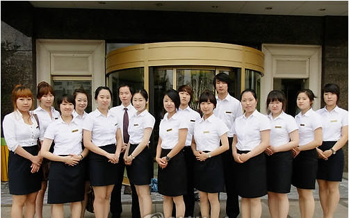 c5e2b6d732c 영진전문대학이 9년째 국제관광계열 학생들을 대상으로 중국에서 한 학기를 마치는 현지학기제를 실시해 호평을 받고 있다. 7월30일  영진전문대학에 따르면 2002년 ...